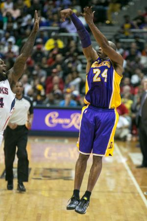 Hawks_Lakers-FINAL-web-12.jpg
