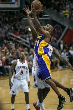 Hawks_Lakers-FINAL-web-13.jpg
